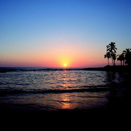 sunset-at-paradise-cove